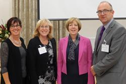 O'r chwith: Yr Athro Jo Rycroft Malone, Dr Angela Hopkins, Dr Ruth Hussey (Prif Swyddog Meddygol Cymru) a'r Athro Matt Makin