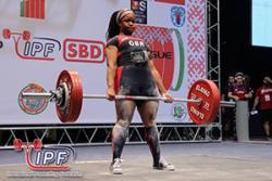 Chrystal ym Mhencampwriaethau Codi Pwysau Clasurol y Byd ym Melarws: Llun: IPF- International Powerlifting Federation
