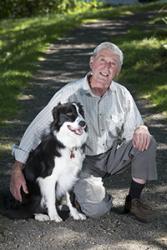 David Russell a Barney adref yn Swydd Efrog.