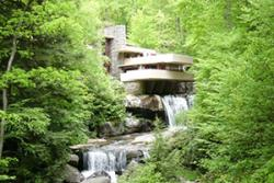 Frank Lloyd Wright's Fallingwater in Mill Run, Pennsylvania. : Iam architect via Wikipedia Commons, CC BY-SA