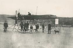 A glider test flight at Traeth Coch.: Copyright: Photograph courtesy of Mrs. E.G. Williams.