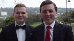 Mae Aaron Clegg (chwith) ac Adam Gulliver, sef cyn-fyfyrwyr Bangor, wedi lansio gwefan 'Legal Loop'
