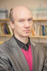 Dr Marcel Stoetzler