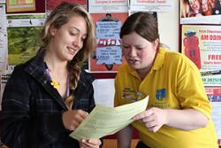 A Peer Guide assists a student at Bangor.