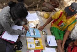 Choice experiment surveys with local households in Madagascar. : Sarobidy Rakotonarivo