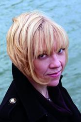 Dr Zoë Skoulding